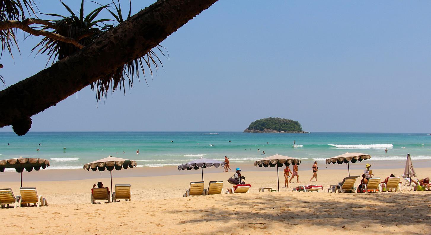 Фото пляжа ката таиланд