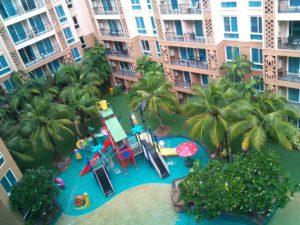 К услугам отдыхающих: детский аквапарк, фитнес-центр, огромный открытый бассейн, терраса для загара, бесплатные Wi-Fi и парковка, магазин 24/7.