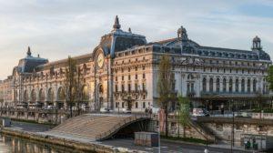 Познакомиться с классическим французским искусством прошлых столетий можно в Музее де Орсе