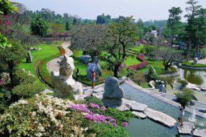 Паттайя. Парк миллионолетних камней прекрасный сад