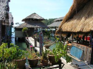 Деревня рыбаков Bang Bao с сувенирными магазинчиками