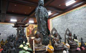 Паттайя. Храм Вихарнра Сиен Храмового комплекса Ват Ян. Скульптуры