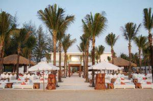 Пляжный клуб Nikki Beach Phuket входит в мировую сеть Nikki Beach, рестораны и клубы которой открыты в самых экзотических уголках планеты.