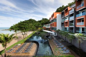 Novotel Phuket Kamala Beach понравится семьям с детьми, для маленьких постояльцев работает детский клуб.