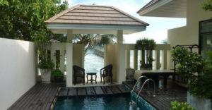 Северная часть возле отеля Siam Beach Resort больше всего подходит для спокойного семейного отдыха.