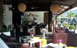 Ресторан The Bistro Bangtao в 2012 году открыл тайский шеф-повар Каньяна Сангасри (Kanjana Sangasri)