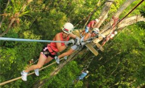 Парк развлечений Jungle Xtrem Adventures обустроен посреди нетронутой природы на склоне горы возле бухты Чалонг