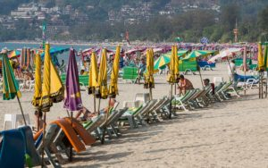 Пляж Патонг понравится любителям ночной жизни и бесконечных тусовок