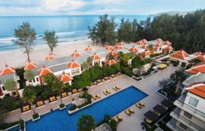 Отель расположен на самом берегу. Отличается высоким уровнем сервиса и дружелюбным отношением к своим гостям.