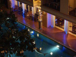 В небольшом уютном отель прекрасное сочетание тайского и европейского дизайнов.