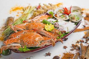 Главное преимущество приморских кафе и ресторанчиков – еда, приготовленная из свежих морепродуктов.