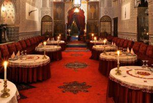 Этот знаменитый ресторан национальной марокканской кухни находится в центре Медины в здании дворца семнадцатого века