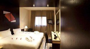 Стандартный номер в спа-отеле Dellarosa Suites