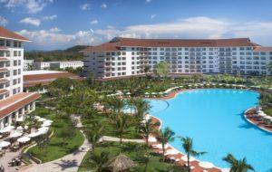 В роскошном курортном отеле Vinpearl Phu Quo 5* 570 современных номеров.