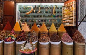 Лавка со специями в старом городе Медине