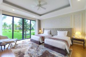 В каждой вилле от двух до четырех спален с ванными комнатами.